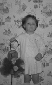 donna aged 4 with show doll a