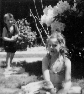 donna aged 9 and john sml 2